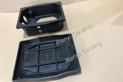 Cast iron box & cover